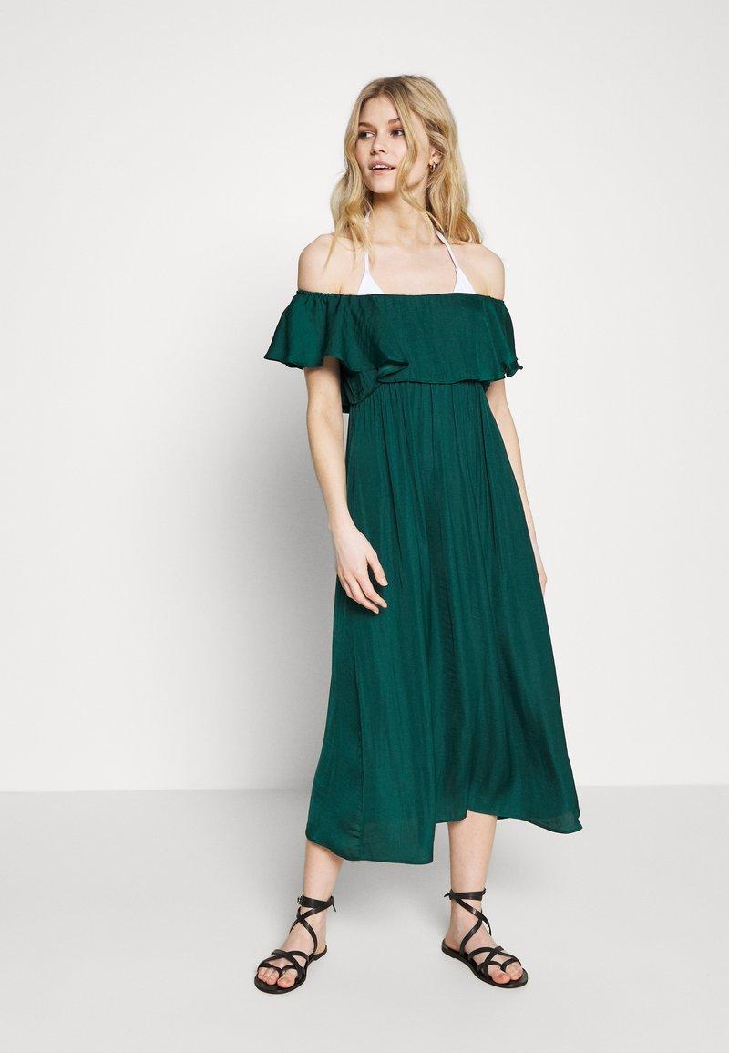 Women Secret - SHORT SLEEVES MEDIUM DRESS - Complementos de playa - pine green