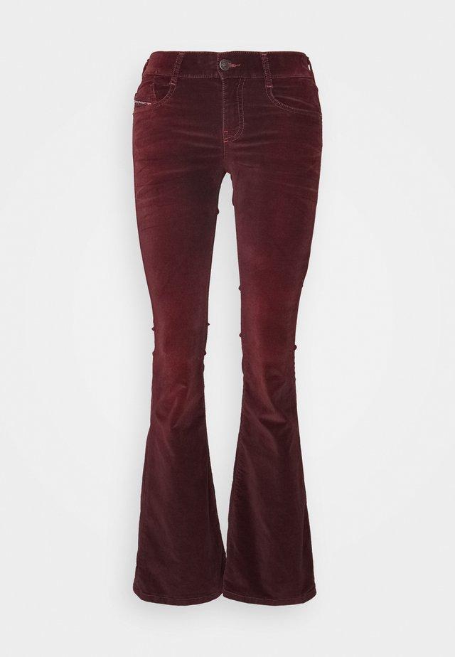 D-EBBEY - Jeans Bootcut - burgundy