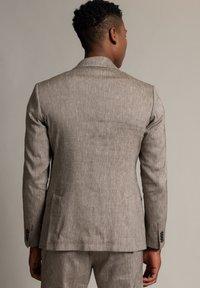 WORMLAND - Suit jacket - taupe - 2