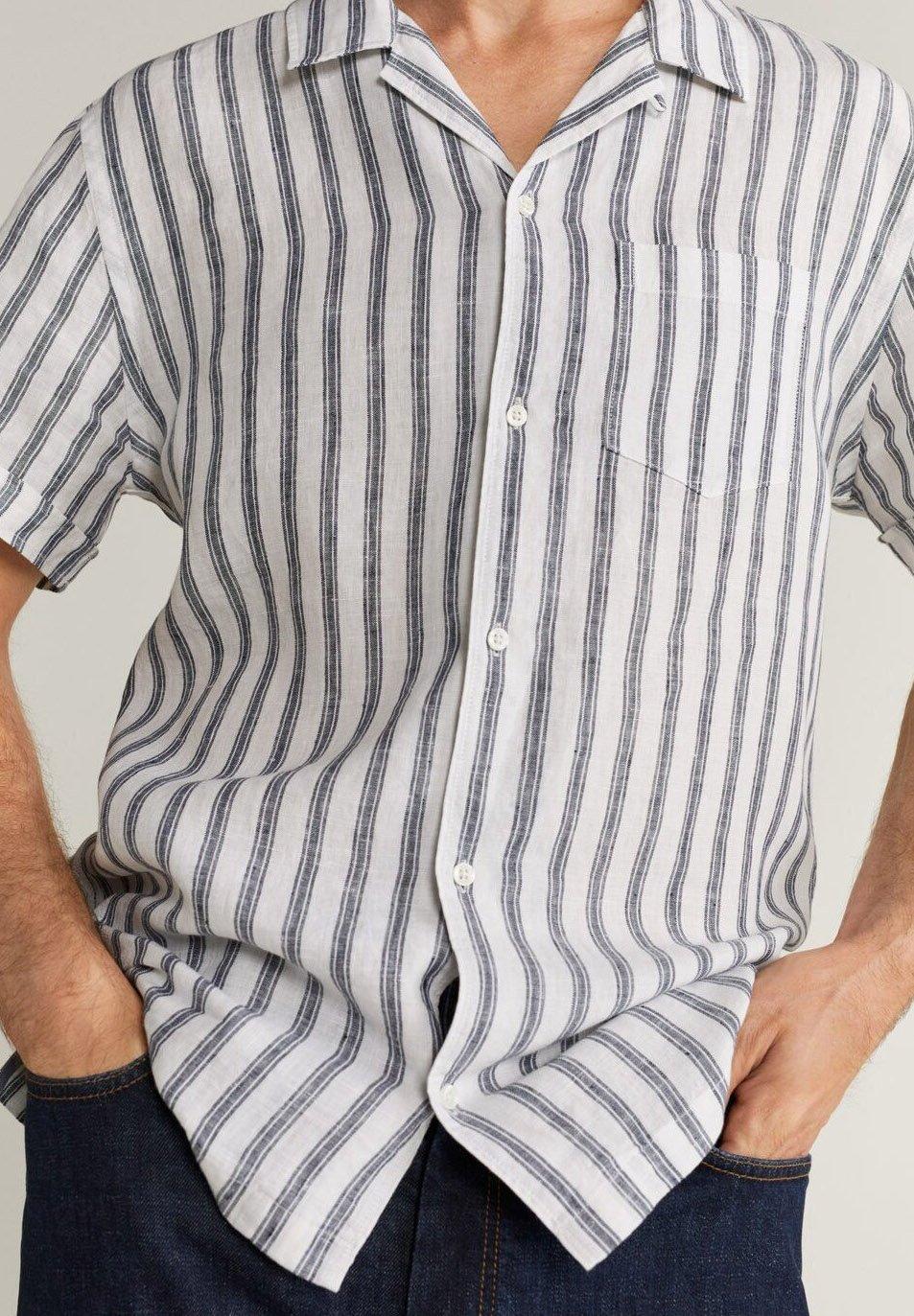 Mango HAWAIR - Skjorte - dunkles marineblau
