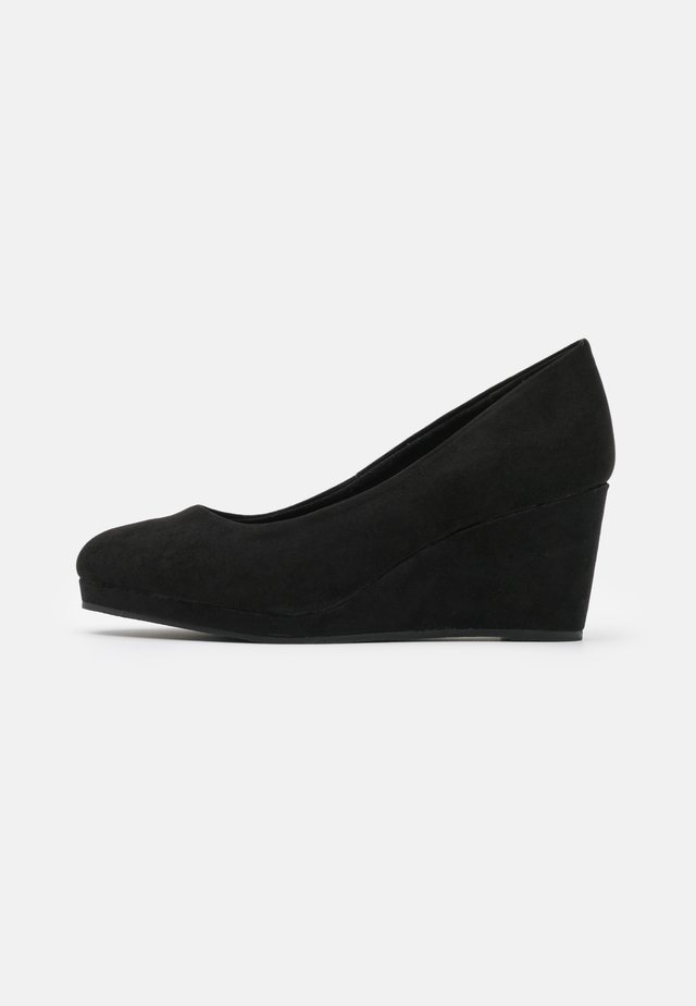 WIDE FIT WEDGE HEEL SHOE - Keilpumps - black