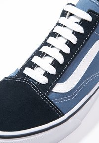 Vans - OLD SKOOL - Skateschoenen - navy - 9