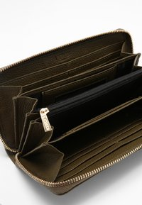 L. CREDI - ELLA  - Wallet - khaki - 3