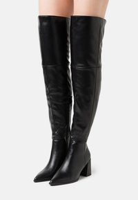 Missguided - LOW BLOCK HEEL BOOTS - Over-the-knee boots - black - 0