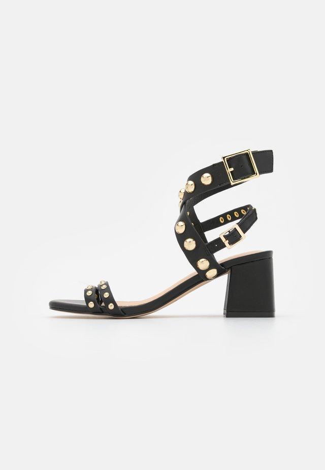 HARLA - Sandalen - noir