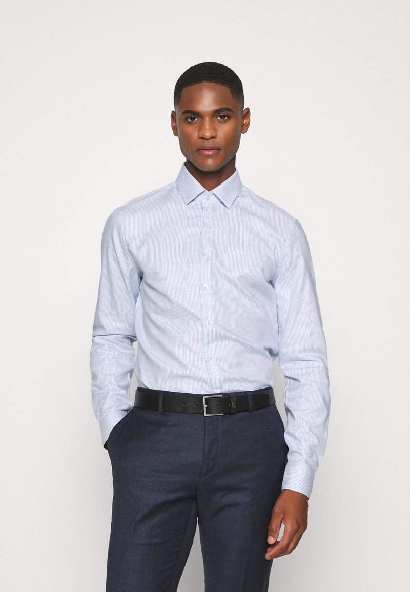 Calvin Klein Tailored - STRUCTURE EASY CARE SLIM SHIRT - Formal shirt - blue
