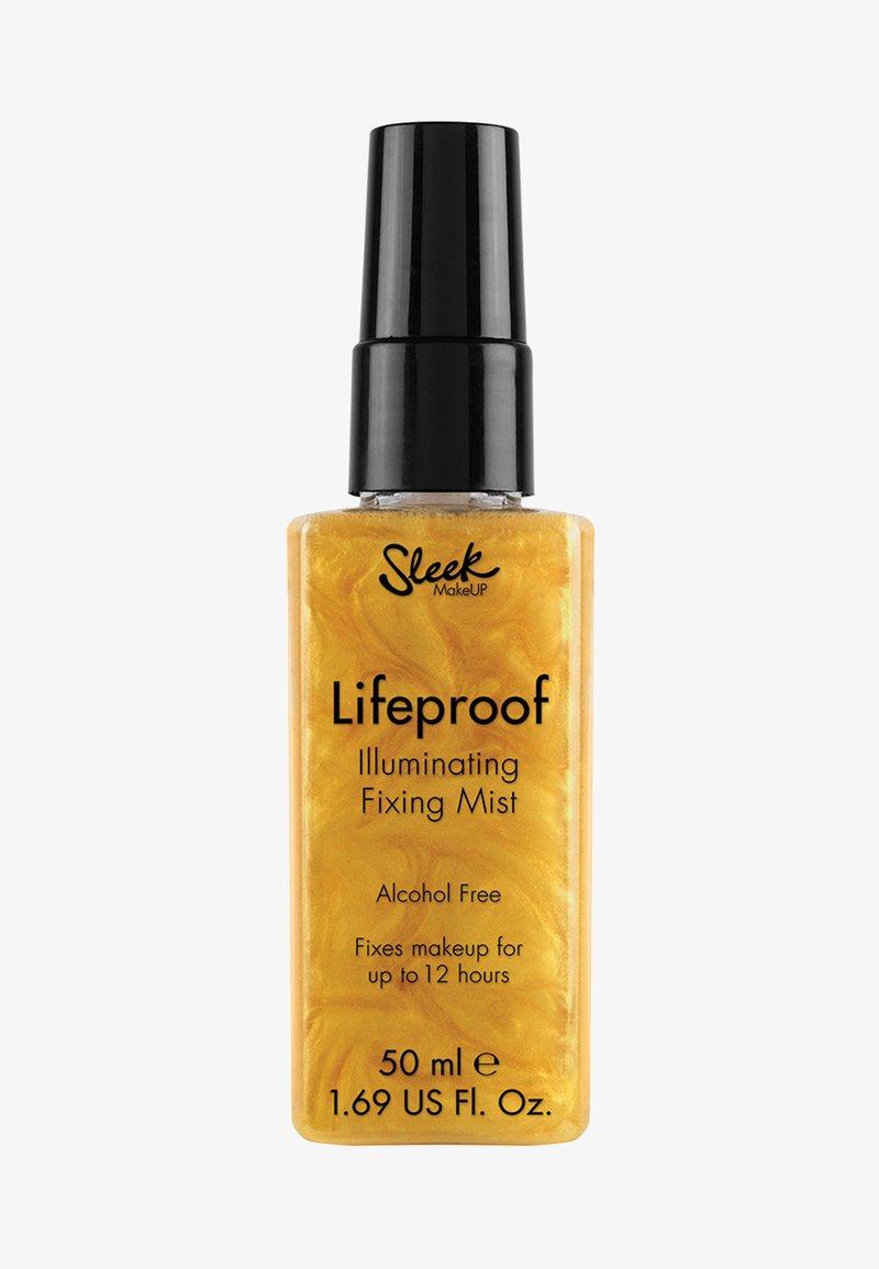Sleek - LIFEPROOF ILLUMINATING FIXING MIST  - Setting spray & powder - -