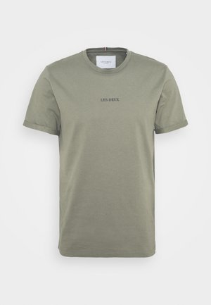 LENS - Basic T-shirt - lichen green/black