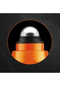 L'Oréal Men Expert - HYDRA ENERGY ANTI-FATIGUE EYES ROLL-ON - Eyecare - - - 2