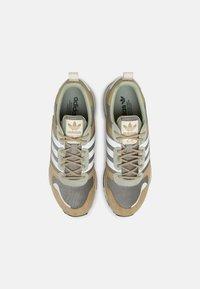 adidas Originals - ZX 700 HD UNISEX - Sneakers laag - beige - 6