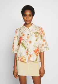 Billabong - ISA ISLAND - Button-down blouse - pistachio - 0