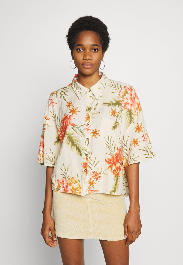 ISA ISLAND - Button-down blouse - pistachio
