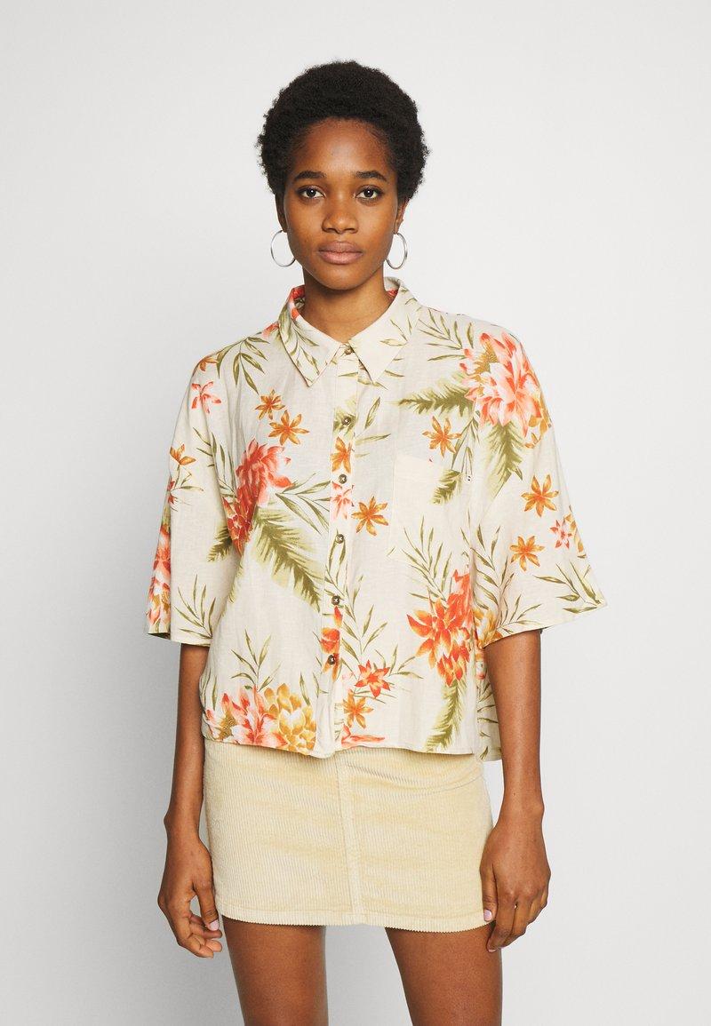 Billabong - ISA ISLAND - Button-down blouse - pistachio