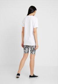 Merchcode - LADIES LIKE YOU TEE - Print T-shirt - white - 2