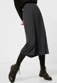 Street One - Pleated skirt - grau - 0