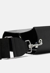 MM6 Maison Margiela - Across body bag - black - 4