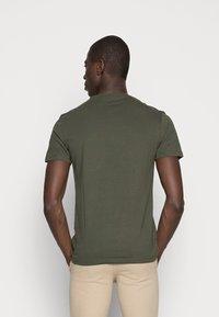 Pier One - 5 PACK - T-shirts basic - dark blue/grey/khaki - 5