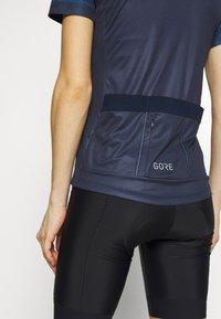 Gore Wear - TRIKOT - T-Shirt print - orbit blue/deep water blue - 4