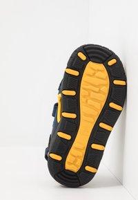 Kamik - SEATURTLE 2 - Walking sandals - navy/citrus/marine/agrumes - 4