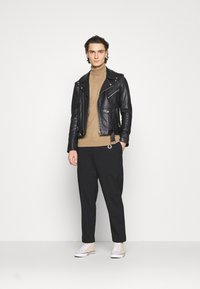 AllSaints - LANGLEY TROUSERS - Kangashousut - black - 1