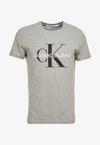 Calvin Klein Jeans - ICONIC MONOGRAM SLIM TEE - T-shirt med print - heather grey - 3
