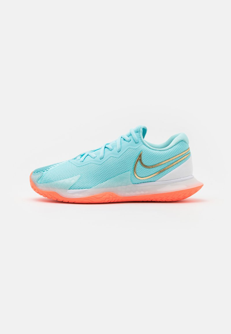 Nike Performance - AIR ZOOM VAPOR CAGE 4 - Multicourt tennis shoes - copa/metallic gold/bright mango/white