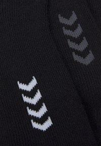 Hummel - ASTRALIS BASIC SOCKS 3 PACK - Sports socks - black - 2