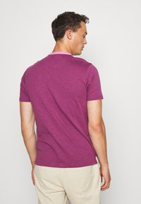 Farah - GROOVE TEE - Basic T-shirt - hippie purple - 2