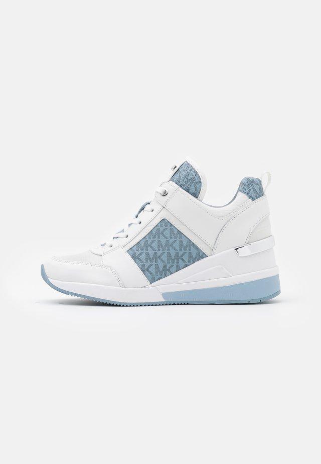 GEORGIE TRAINER - Sneaker low - optic white/pale blue
