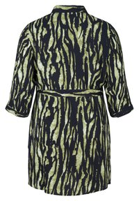 Zizzi - WITH WAIST TIE - Button-down blouse - green - 4