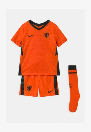 NIEDERLANDE SET UNISEX - Pantalón corto de deporte - safety orange/black