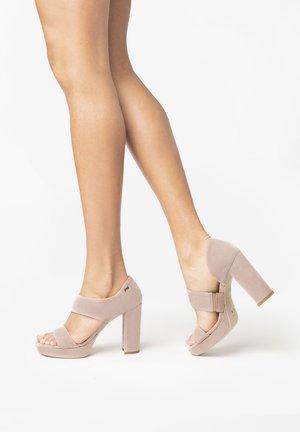 Sandalias de tacón - phard