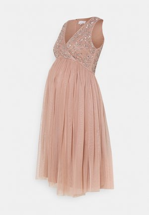 EMBELLISHED WRAP BODICE MIDI DRESS - Vestido de cóctel - pale mauve