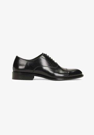 CADO - Šněrovací boty - black