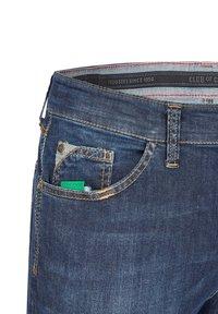 Club of Comfort - MIT HIGH-STRETCH - Slim fit jeans - mittelblau 142 - 3