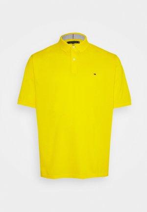 REGULAR - Pikeepaita - vivid yellow