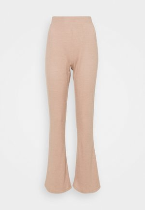 PCPAM FLARED PANT - Trousers - warm taupe