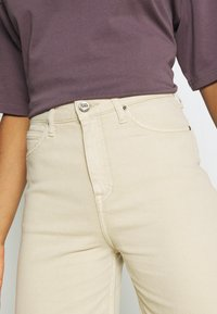 Lee - STELLA A LINE - Flared Jeans - sand - 3