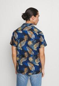 Selected Homme - SLHREGJOEL CAMP - Skjorta - dark blue - 2