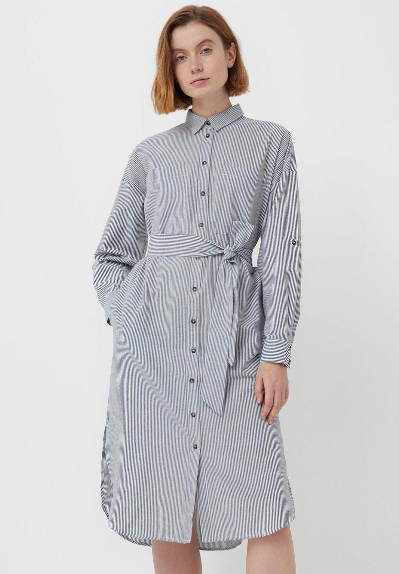 Finn Flare - Shirt dress - white