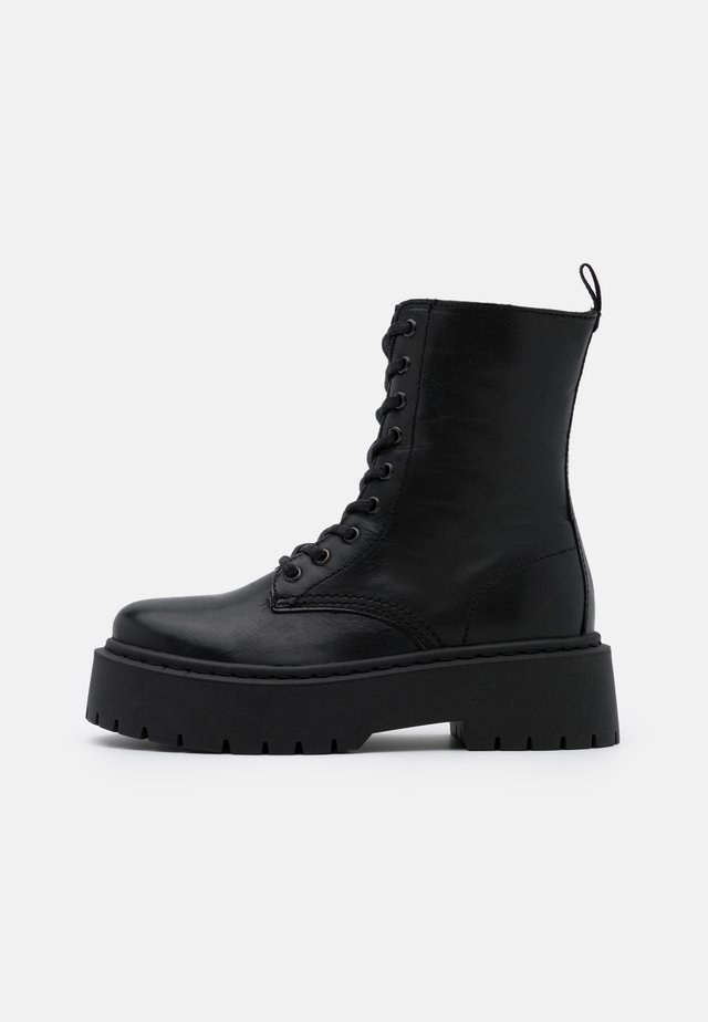BIADEB LACED UP BOOT - Botki na platformie - black
