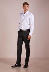 HUGO - ERONDO - Formal shirt - open white - 1