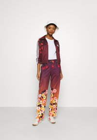adidas Originals - GRAPHICS SPORTS INSPIRED TRACK TOP - Giacca sportiva - multicolor - 1