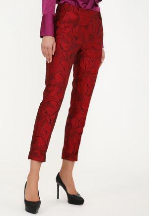 MARIO - Trousers - schwarz, rot