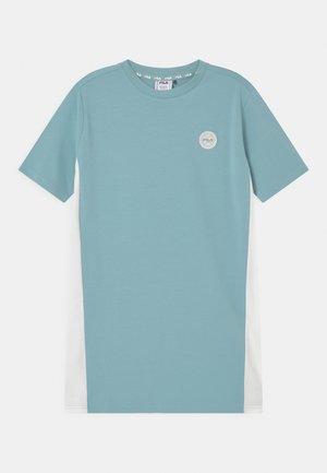 PATSY - Jersey dress - cameo blue/snow white