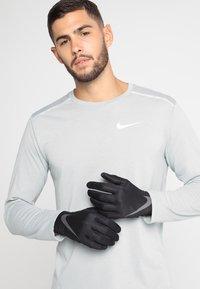 Nike Performance - PRO WARM MENS LINEAR GLOVES - Gloves - black/dark grey - 0