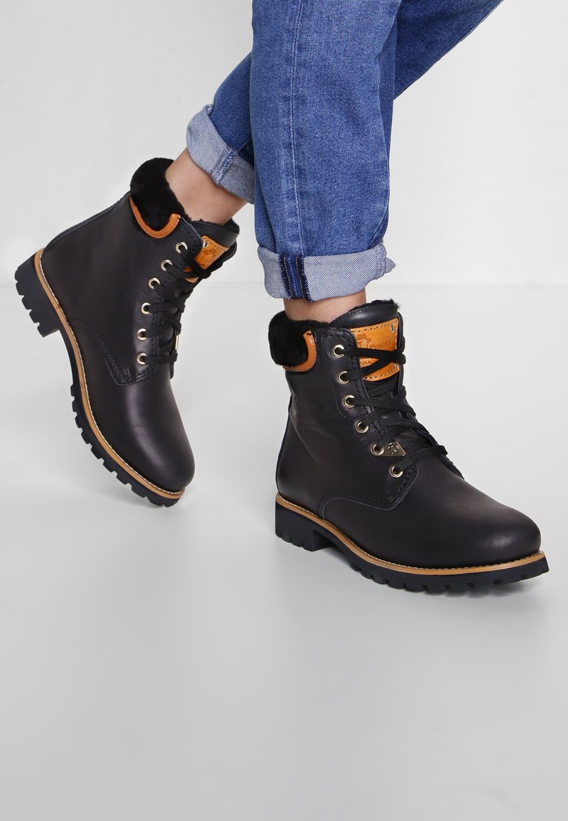 Panama Jack - IGLOO TRAVELLING - Lace-up ankle boots - black