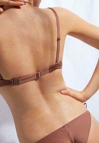 Calzedonia - PUSH-UP-BIKINIOBERTEIL INDONESIA ECO - Bikini top - indian brown - 1