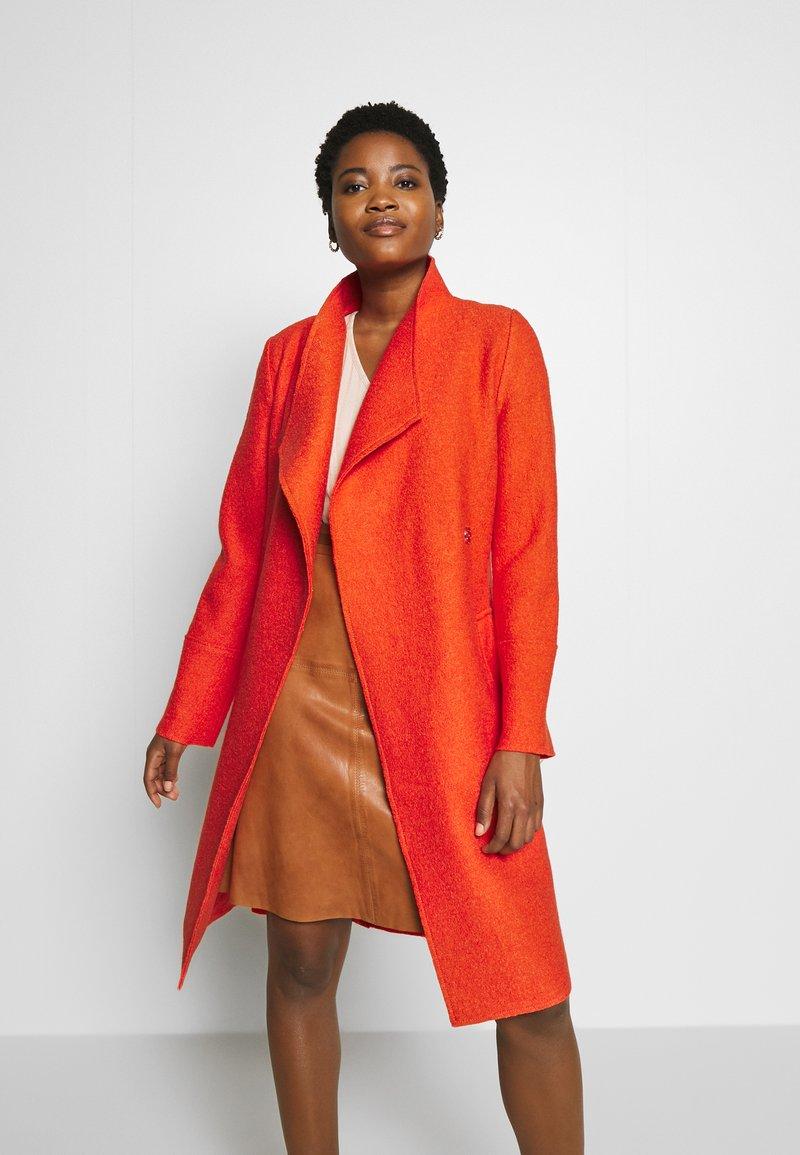 s.Oliver - Zimní kabát - spicy oran