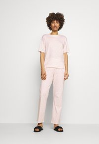 ONLY - ONLHOLLEY NIGHTWEAR - Pyjama set - pink marshmallow - 1